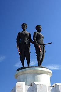 1thao-thepkasattiri-thao-sri-suntorn-festival