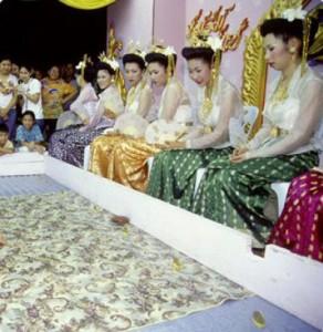 Phra-Padaeng-Songkran-Festival-Phra-Padaeng-Songkran-Festival-Samut-Prakan-025817