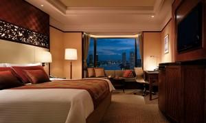 1 RiverRomance_Shangri-LaHotelBangkok_DeluxeRiverViewRoom