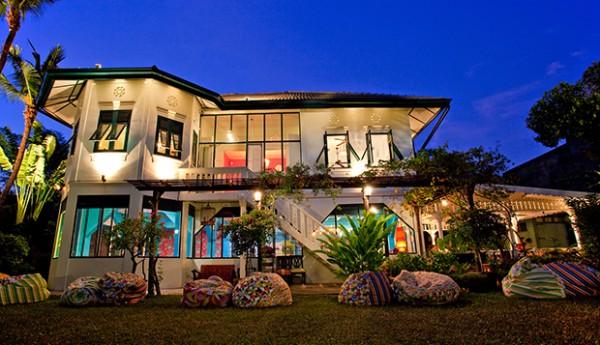 Issaya Siamese Club BKK Exterior 2