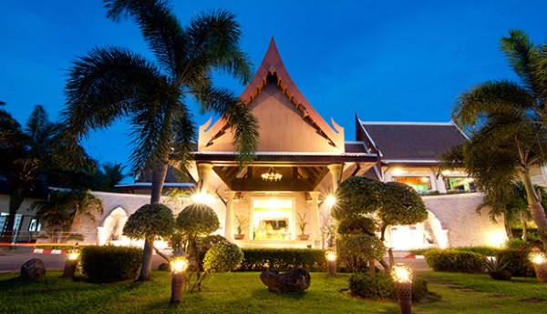 Deevana-Patong-Entrance