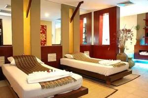 the-spa-ambassador-hotel