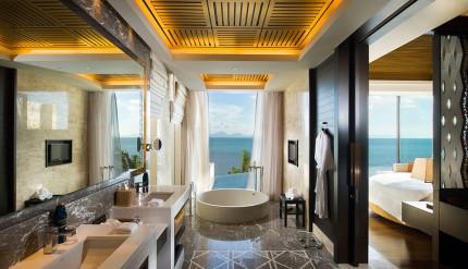 Conrad-Royal-Bathroom
