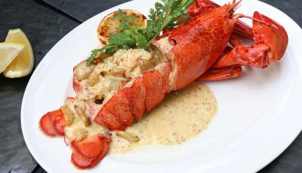 Holiday-Inn-Pattaya-brings-back-famous-Boston-Lobster-menus