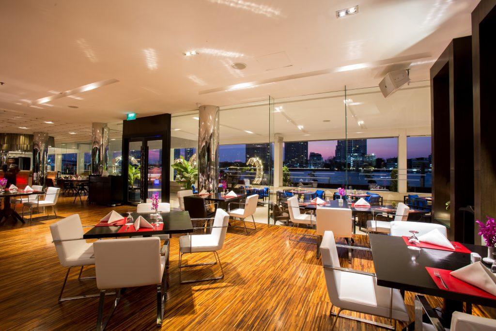 Ramada Plaza Bangkok Menam Riverside 4