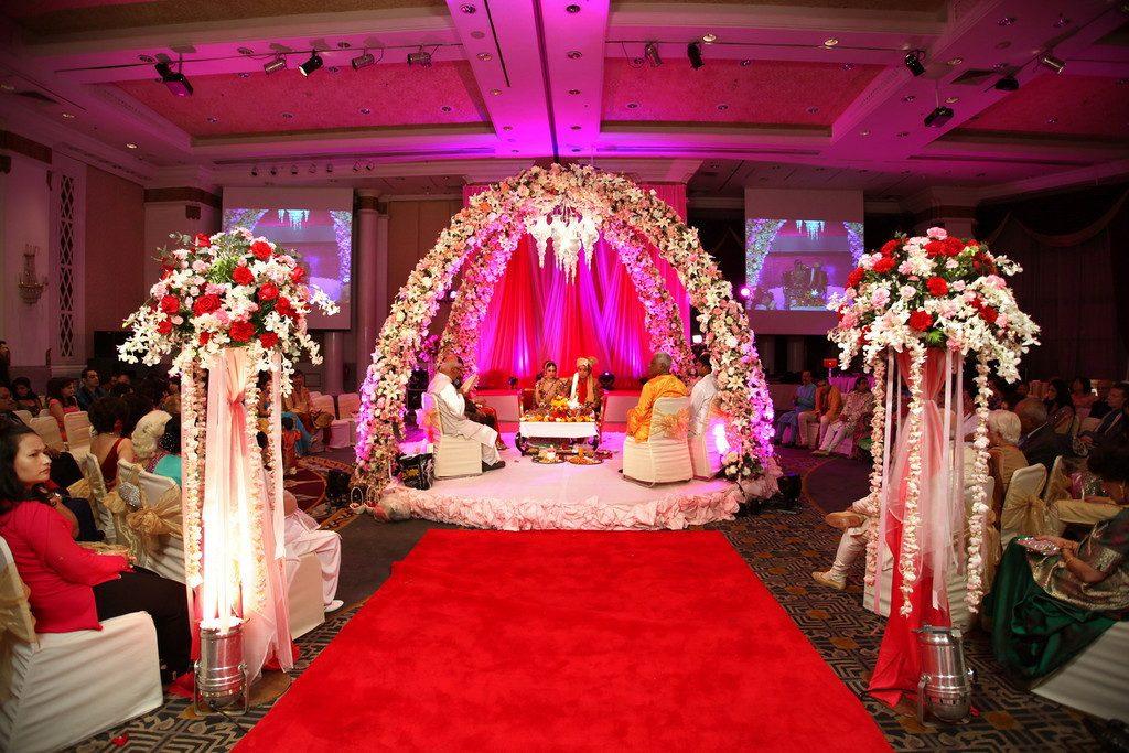 Pink Palki Wedding Organizer