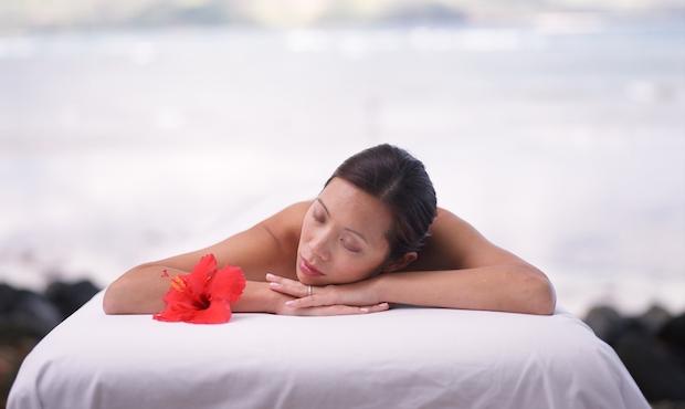 sheraton-pranburi-saving-face-at-spa-villa-featured